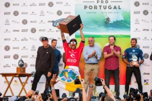 Italo Ferreira campeão em 2018 (Laurent Masurel / WSL via Getty Images)