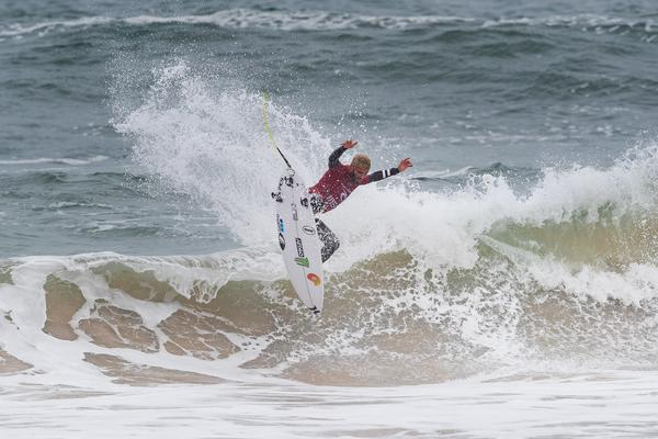 Filipe Toledo-SP (Damien Poullenot / WSL via Getty Images)