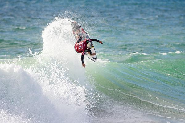 Italo Ferreira-RN (Laurent Masurel / WSL via Getty Images)